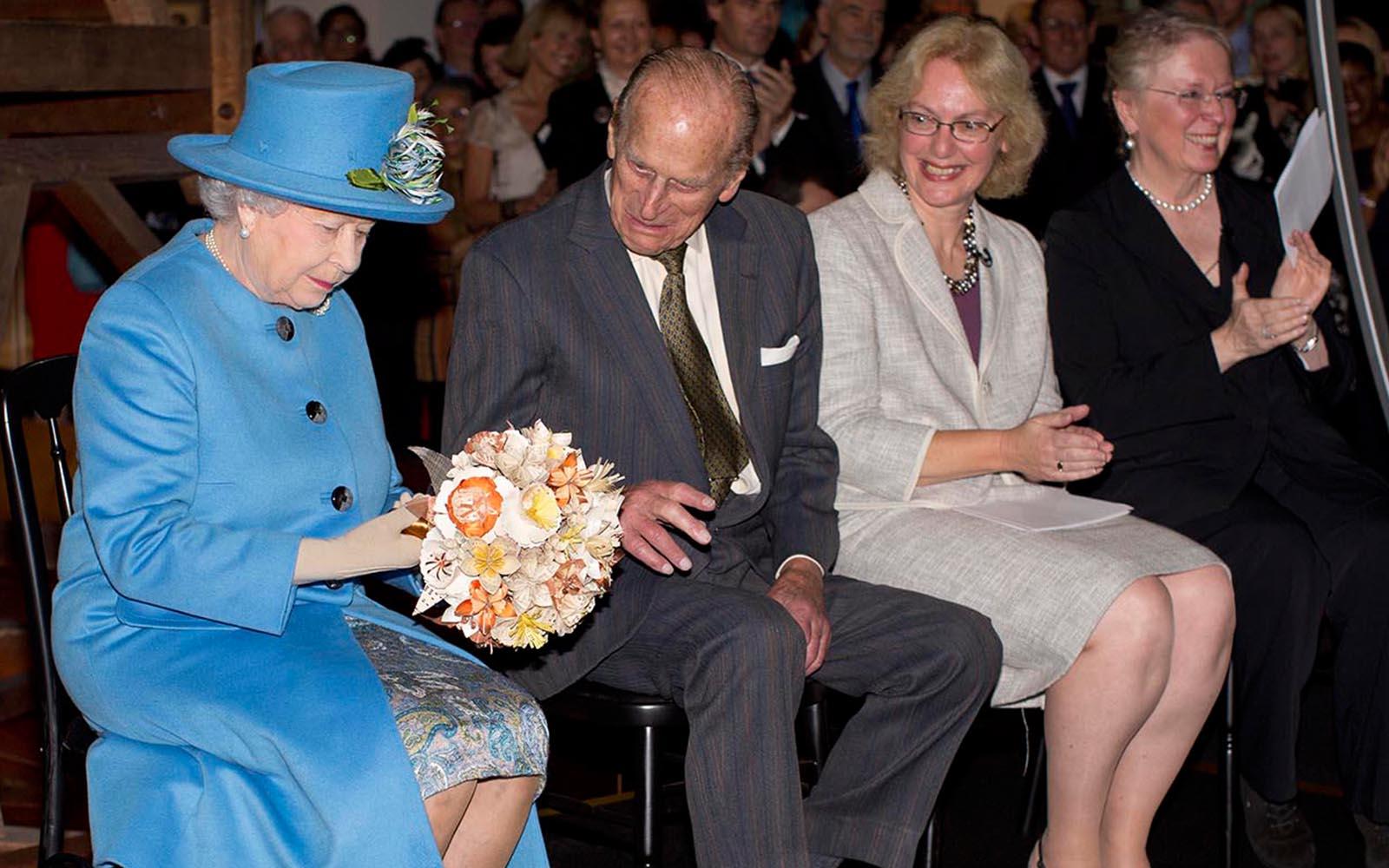 Queen-Bouquet-queen3