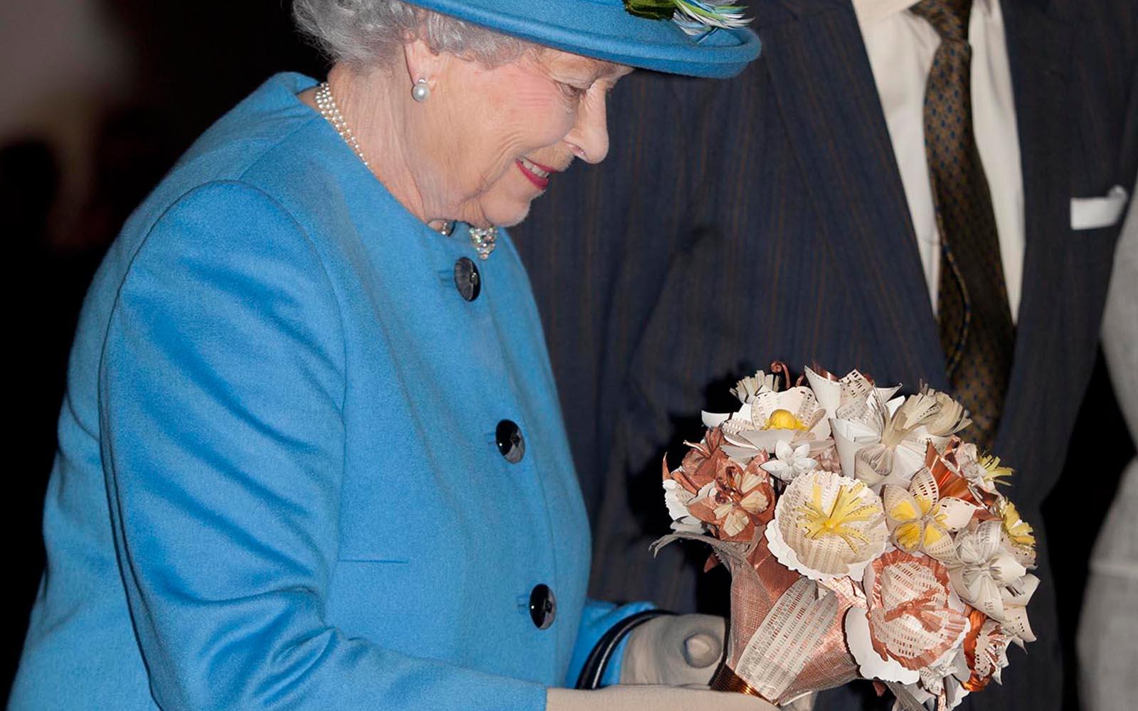 Queen-Bouquet-queen1