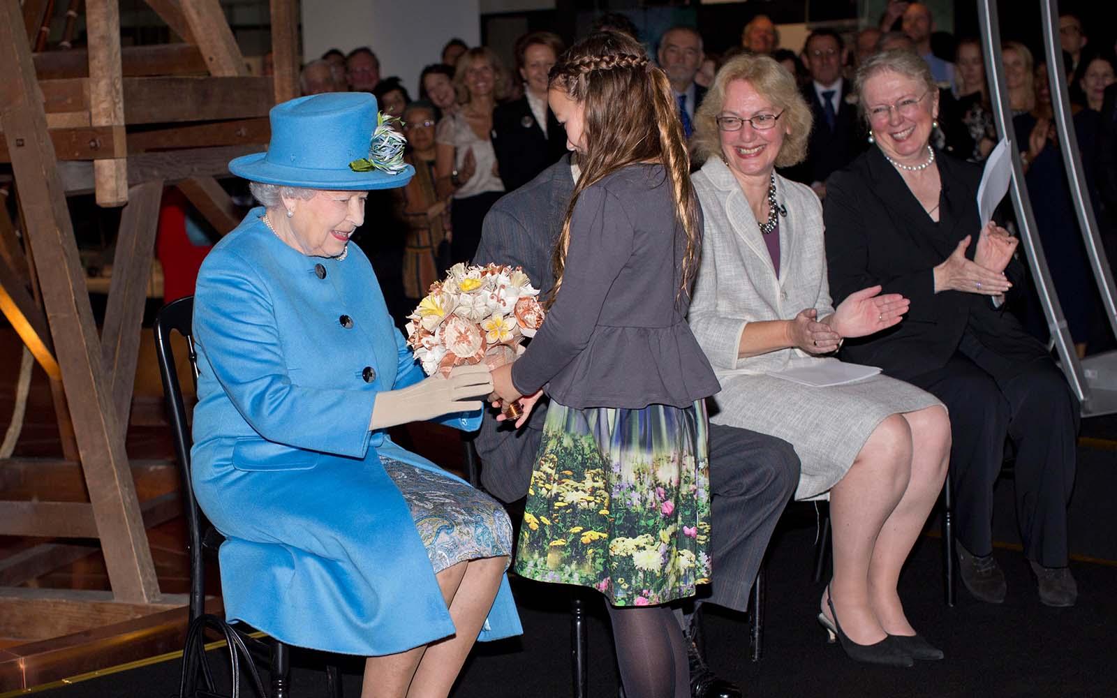 Queen-Bouquet-queen2 copy